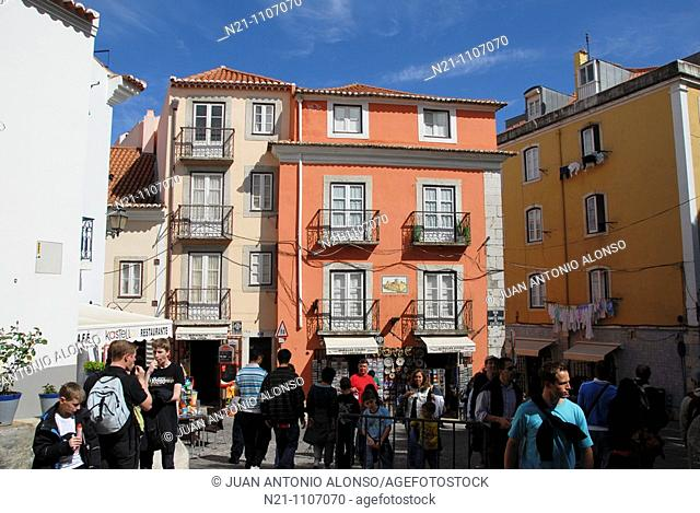 Santa Cruz Neighbourhood inside the Castelo de Sao Jorge. Alfama, Lisbon, Portugal