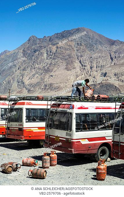 Diksit bus station, the main station in Nubra Valley. Butane tanks are carried on top of the bus