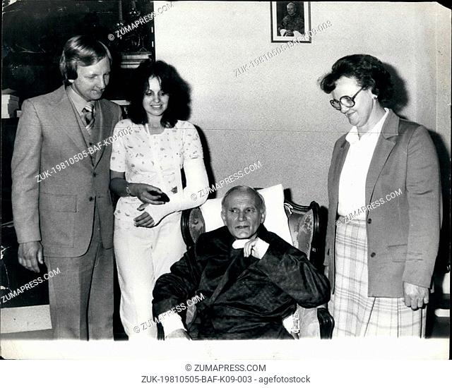 May 05, 1981 - The Pope And Wounded Tourist Meet Mr. Rose Hall, 21, the American tourist whose arm was broken by one of the two bullets which struck the Pope