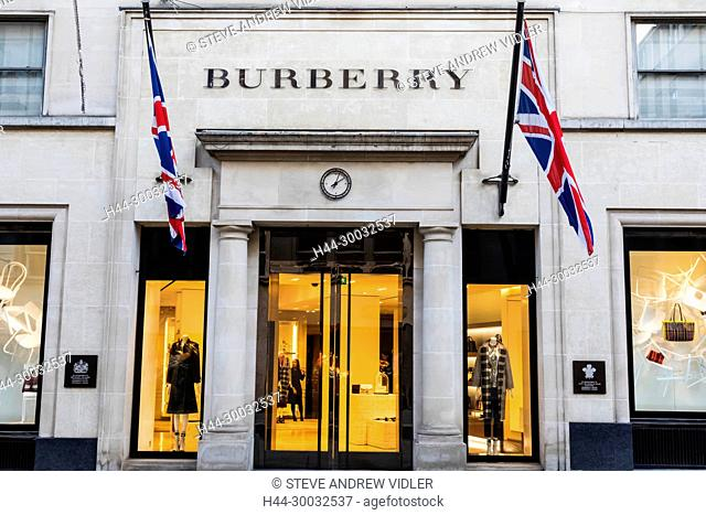 sale retailer adb87 e78d7 Burberry shopping london Stock Photos and Images | age fotostock
