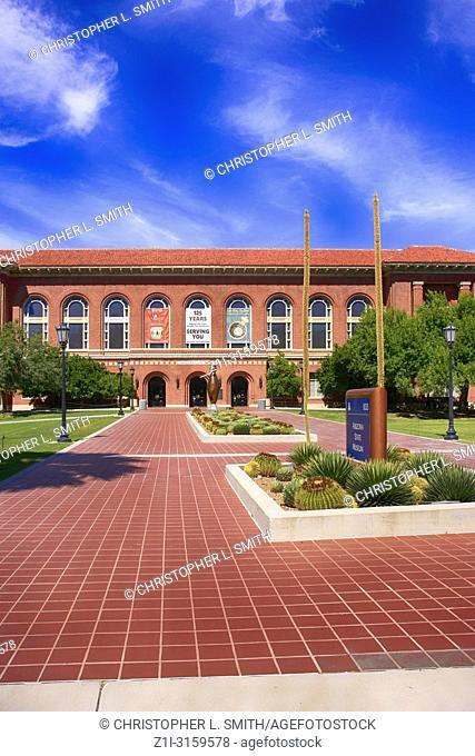 Outside the Arizona State Museum 1013 buidling at E University Blvd, Tucson AZ