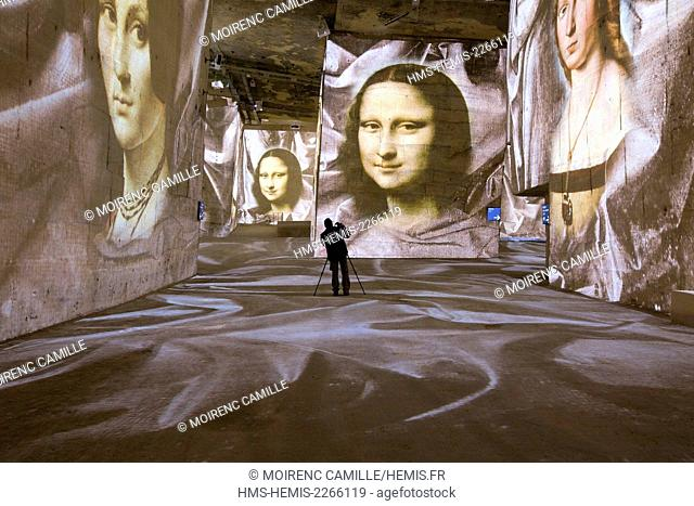 France, Bouches du Rhone, Les Baux de Provence, Carrieres de Lumieres show Gianfranco Iannuzzi Michelangelo, Leonardo da Vinci, Raphael