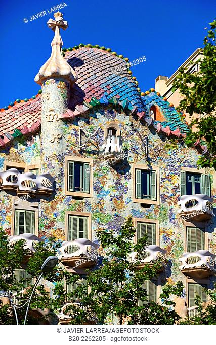 Casa Batlló by Antoni Gaudí architect 1904-1906. Passeig de Gracia. Barcelona. Catalonia. Spain