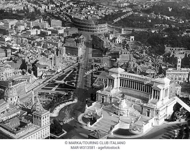 roma, veduta aerea del vittoriano, 1930-40 // Rome, aerial view of the Victorian, 1930-40