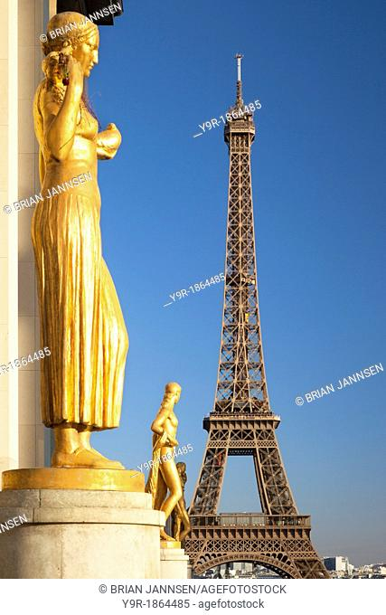Eiffel Tower viewed from Palais de Chaillot, Place du Trocadero, Paris France