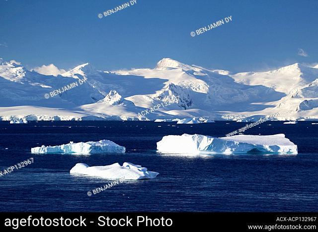 Mountains, Antarctica, Summer