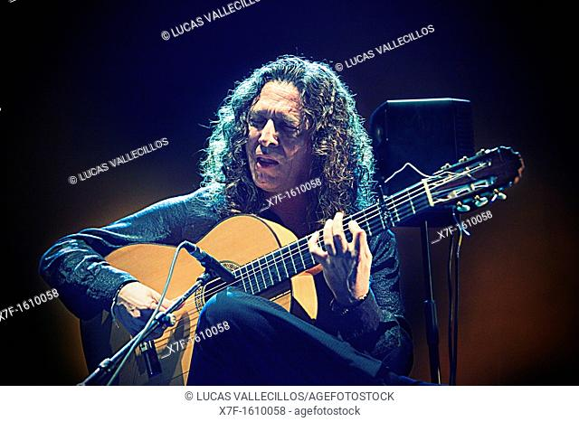 `Tomatito', José Fernández Torres, Teatre Coliseum  Barcelona, Cataluña, Spain
