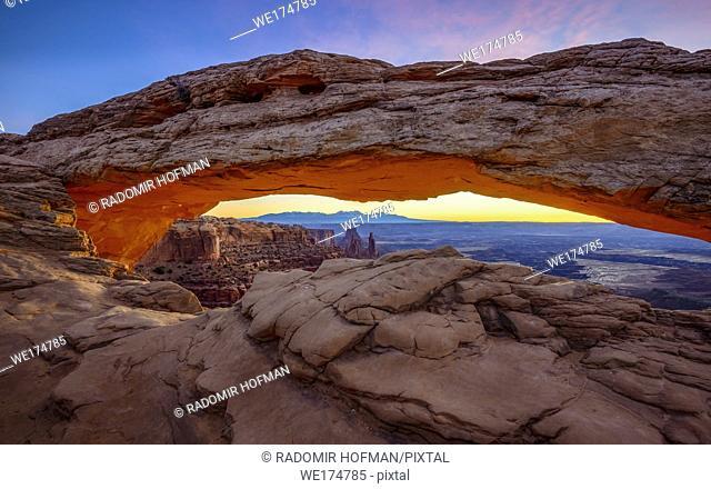 Mesa Arch sunrise Canyonlands National Park, Utah