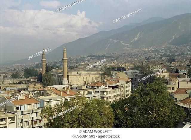 City view with Grand Mosque, and Mount Olympus in background, Bursa, Anatolia, Turkey, Asia Minor, Eurasia