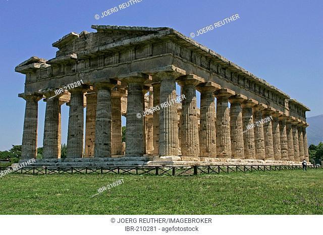 Hera temple 1 (so-called Poseidon temple) on the excavation site of Paestum, Cilento, Campania, Province of Salerno, Italy