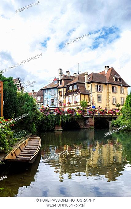 France, Colmar, Old town, Bridge and half-timbered houses in Little Venice