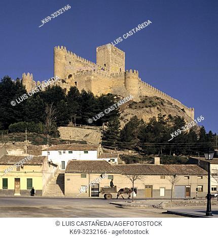 Town Street and Castle. . Almansa (Albacete). Spain