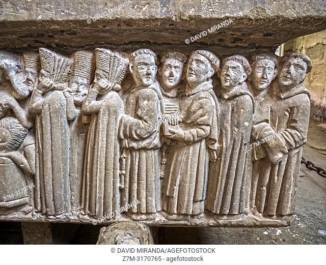 Detail of Doña Urraca's sepulchre. Monasterio de Santa María del Salvador. Cañas. La Rioja. Spain