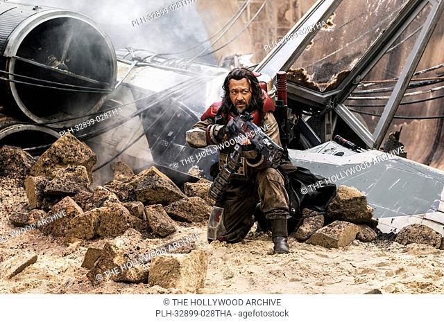 Rogue One: A Star Wars Story. Baze Malbus (Jiang Wen)