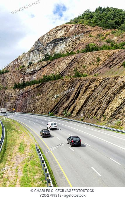 Sideling Hill, Maryland, Interstate 68 Highway, showing geologic strata, anticline and syncline formations