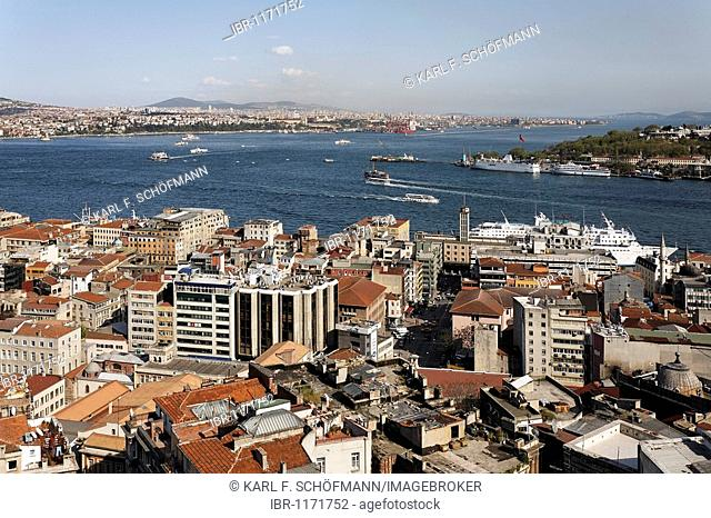 Panoramic view from the Galata Tower over the rooftops of Beyoglu on the Bosporus and Golden Horn, Beyoglu, Istanbul, Turkey