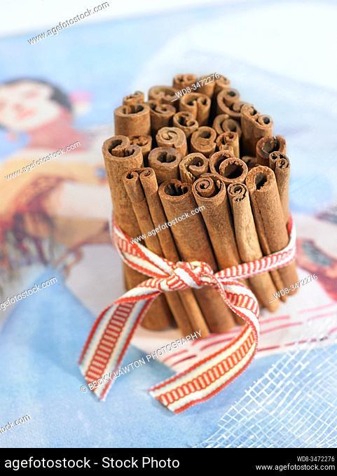 canela / cinnamon