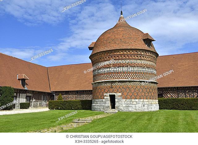 pigeonnier du Manoir d'Ango (XVI eme siecle), ancienne residence d'ete de Jehan Ango, armateur et conseiller maritime de Francois 1er, Varengeville-sur-Mer