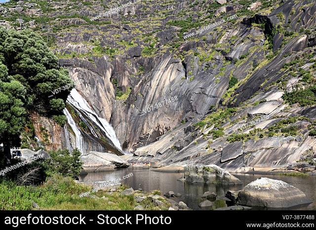Ezaro waterfall and Jallas or Xallas river. Dumbria, A Coruna, Galicia, Spain