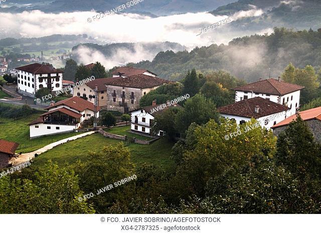 Zigaurre desde el Mirador del Baztán. Baztán - Navarra. Pirineos. Spain
