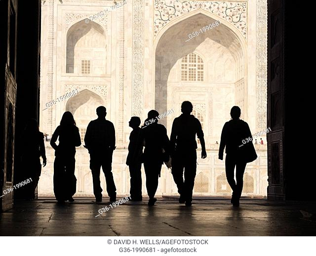 Silhouette of tourists at Taj Mahal in Agra, Uttar Pradesh, India