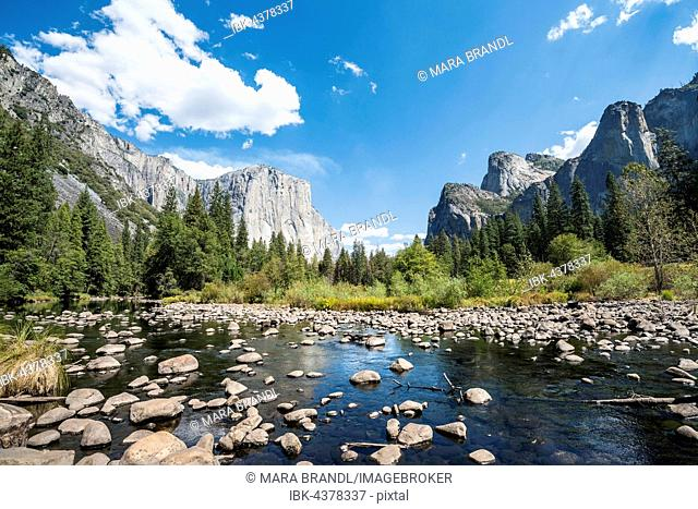 Valley View, view of El Capitan, Merced River, Yosemite National Park, California, USA