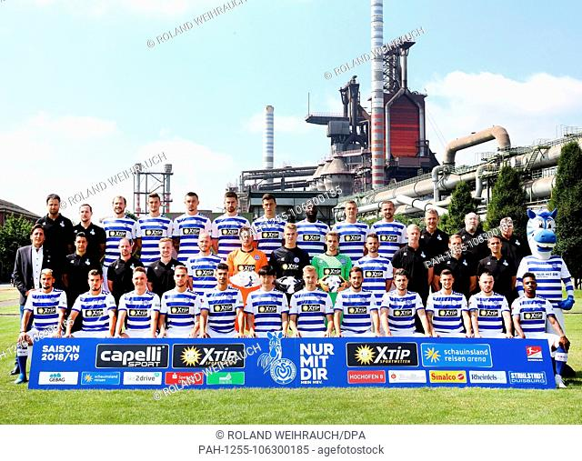2nd German Bundesliga, official photocall MSV duisburg for season 2018/19 in Duisburg, Germany: (front row L-R) Cauly Olivira Souza, Kevin Wolze