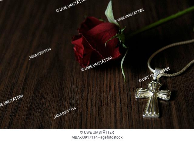 Wood-table, silver-chain, cross, rose-bloom, table-plate, wood-surface, chain, silver-cross, flower, rose, red, symbol, love, belief, religion, Christianity