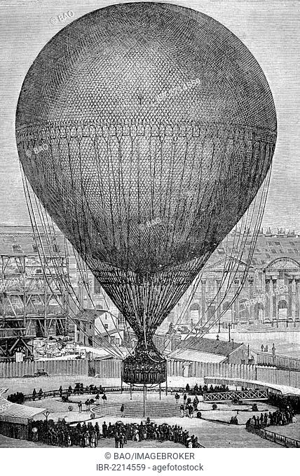 Le Grand Ballon Captil, 1878, a captive balloon built by Giffard, flew during the Paris International Exposition in 1878, France, historic wood engraving