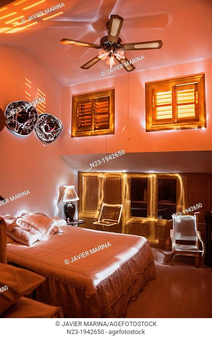 Rooms painted with light, Valencia, Spain