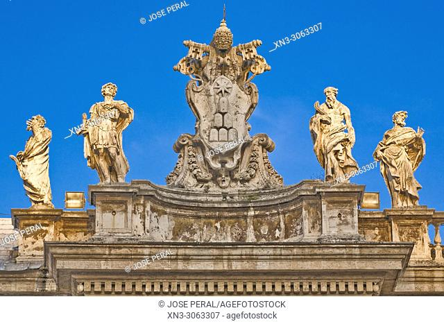Bernini's colonnade, St. Peter's square, Piazza San Pietro, Vatican city, Rome, Lazio, Italy, Europe