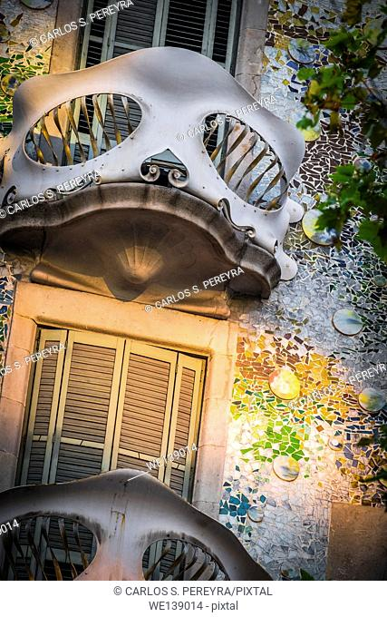 Facade of Casa Batlló, by architect Antoni Gaudi, Barcelona, Catalonia, Spain, Europe