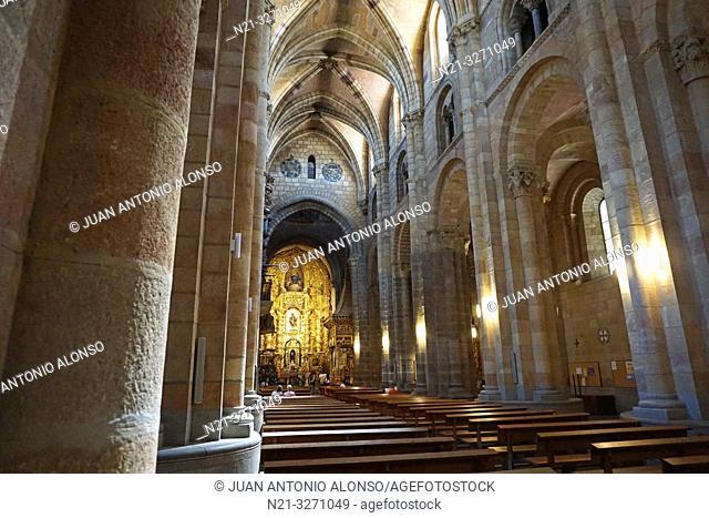 San Vicente Basilica central nave. Ávila, Community of Castilla-León, Spain, Europe