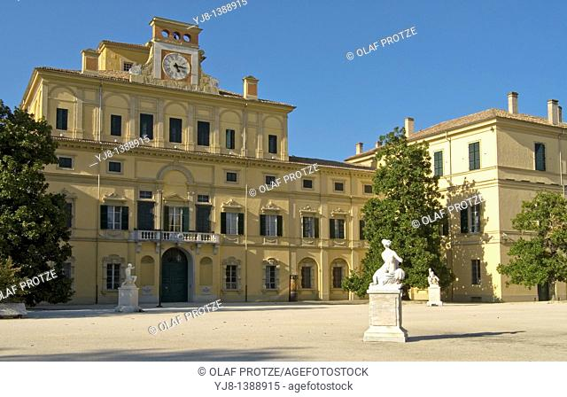 The Ducal Palace was built from 1561 for Duke Ottavio Farnese on a design by Jacopo Barozzi da Vignola