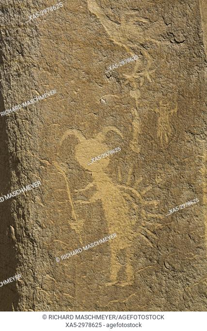 Kokopelli Image (bottom), Petroglyphs, up to 1,500 years old, Crow Canyon, New Mexico, USA