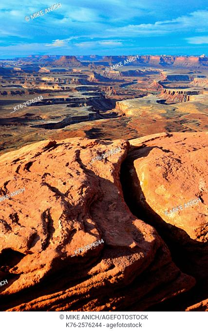 Utah, Canyonlands National Park, Island In the Sky, Green River Overlook