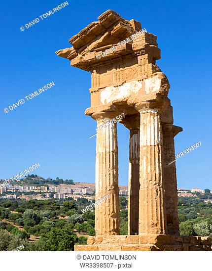 Reconstructed section of the Temple of Castor and Pollux, UNESCO World Heritage Site, Valley of the Temples, Agrigento, Sicily, Italy, Mediterranean, Europe