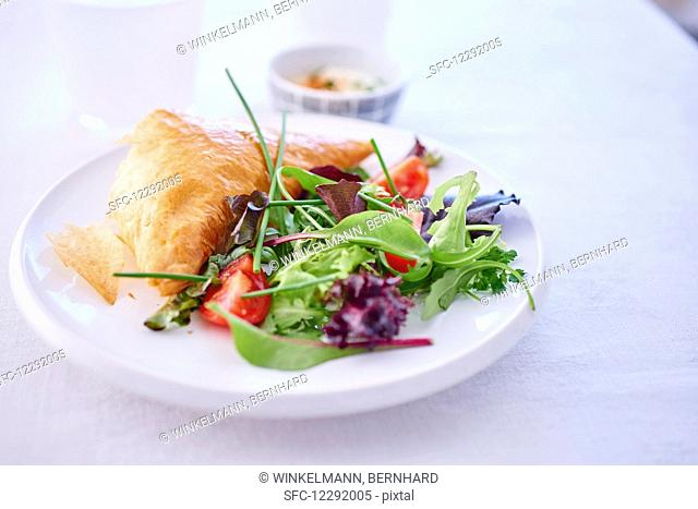 Baniza (puff pastry with sheep's cheese filling, Bulgaria)