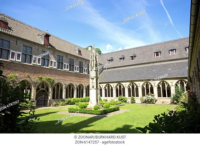 Cloister in the Dome St. Viktor in Xanten, Germany
