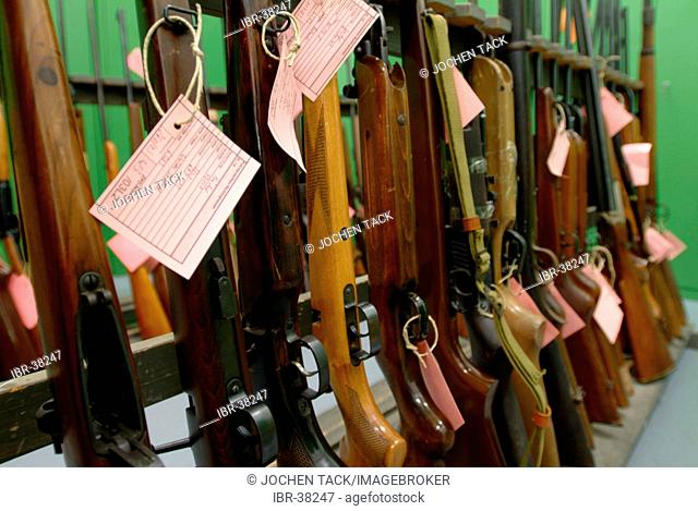 DEU, Germany, Duisburg: Collection of illeagle weapons. They will be destroyed. ZPD-Zentrale Polizeistechnische Dienste - Central support unit of the police