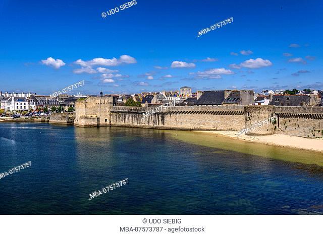 France, Brittany, Finistère Department, Concarneau, Ville Close, Les Remparts