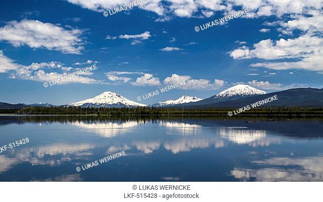Mount South Sister, Mount Broken Top, Mount Bachelor, Deschutes County, Oregon, USA