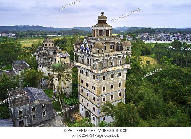 Chine, Province de Guangdong, Kaiping, patrimoine mondial de l'Unesco, village de Jinjiangli, les Diaolou sont des tours fortifiées / China, Guangdong, Kaiping