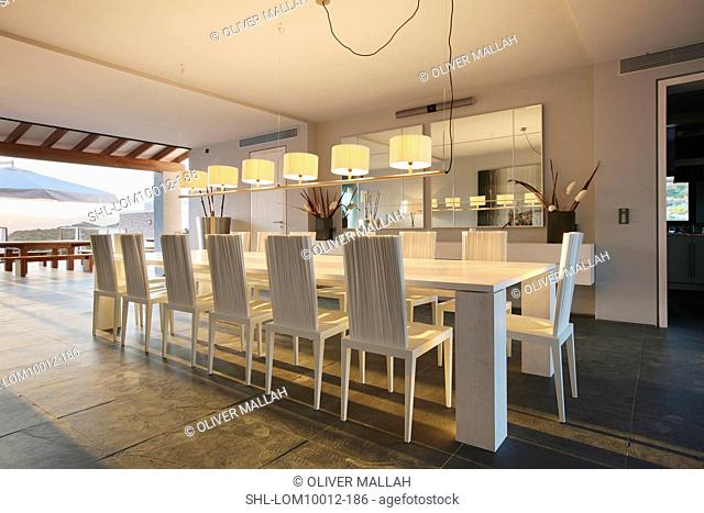 Contemporary Dining Table Spanish Stock Photos And Images Agefotostock