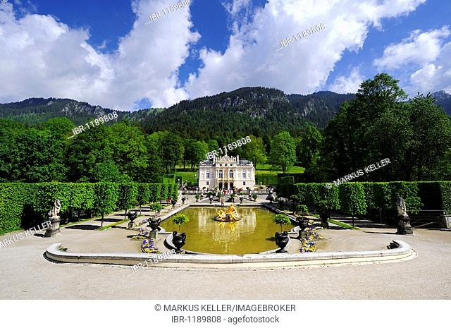 Schlosspark Gardens with Schloss Linderhof Palace in Graswangtal near Oberammergau, district of Garmisch-Partenkirchen, Bavaria, Germany, Europe