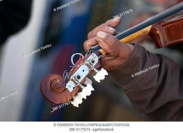 Old violinist. Peru