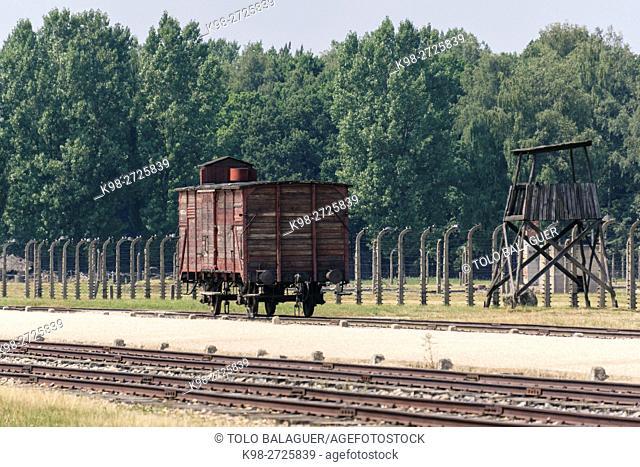 vias de tren, campo de concentracion de Auschwitz-Birkenau, museo estatal, Oswiecim, Polonia, eastern europe