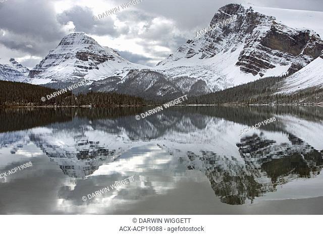 Bow Lake, Bow Peak at Bow Summit, Banff National Park, Alberta, Canada