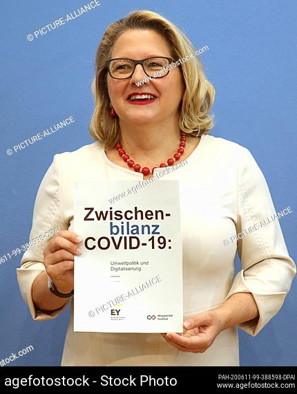 "11 June 2020, Berlin: Svenja Schulze (SPD), Federal Minister of the Environment, presents the """"Zwischenbilanz Corona: Umwelt und Digitalisierung"""" (""""Corona:..."