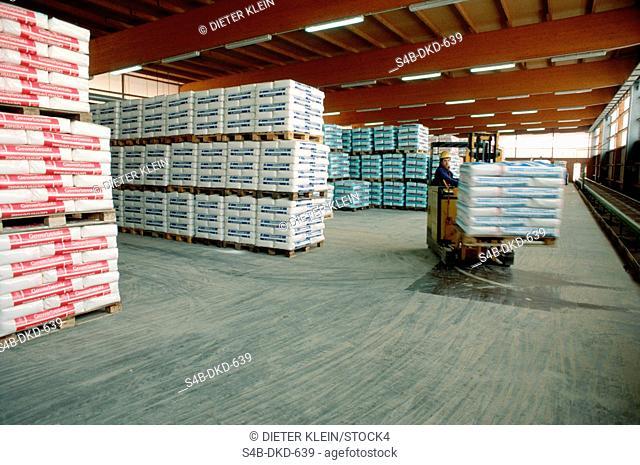 Warehouse for salt